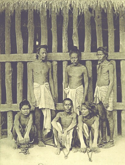 Photograph of Burmese convicts from Alice Hart, Picturesque Burma, Past and Present [1897]